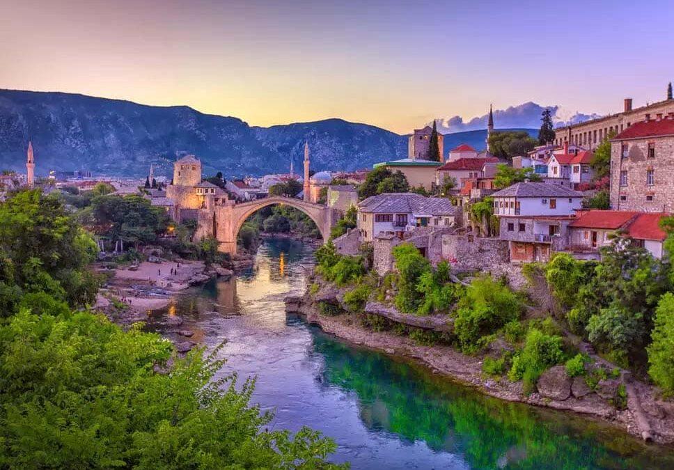 Newsolo adventure through a European hotspot